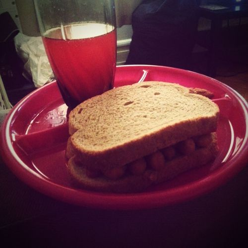 Earlier Today Lunch Chicken Finger Sandwich Fruit Punch Rye Bread Red Red Plates Yummy♡ What's For Lunch? Delicious ♡