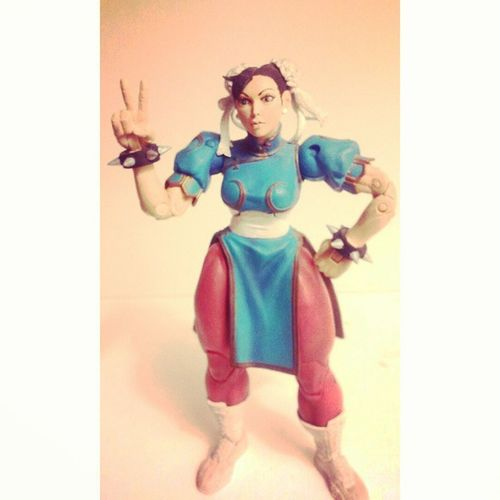 This is one of my first figures ive ever gotten ill cherish this with my life,got this when i had nothing.My favorite street fighter ChunLi Streetfighter CAPCOM Videogames Favoritelady Fightinggames Figurelife Figurecollection Collector Collecting SF4 Oldfigure Manchild