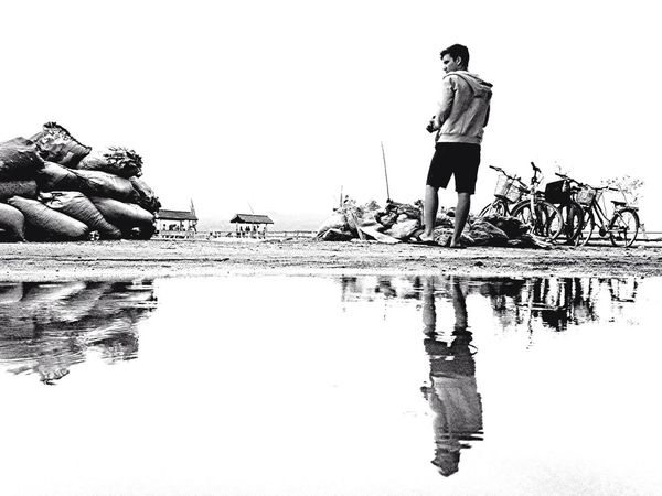Reflection Puddleography Get Low Time To Reflect | iPhone 5