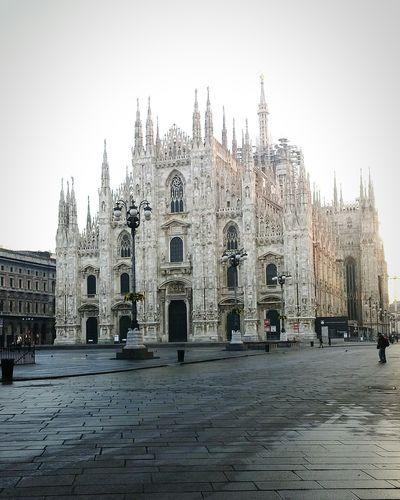 Milanoduomo Duomo Wanderlust Euronlyyoungonce Travel Italia Italy Milan Milano MilaNoFilter Mailand Europe