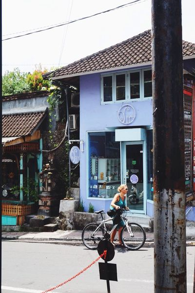 Santai Bicycle Cycling Headwear Building Exterior Built Structure Bmx Cycling Full Length Cycling Helmet Riding One Person Outdoors Transportation Day Only Men Helmet One Man Only Architecture Sports Helmet Racing Bicycle Mountain Bike street photography street photographers ubud Bali 🇮🇩