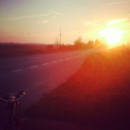 Sezonas atidarytas! Hello Merhaba Openseason Sport bicycle road sun evening march goodmood spring timewithmom mom 😊🌄🚲👌