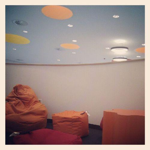Lesesaal lounge an der #uniwtal Uniwtal