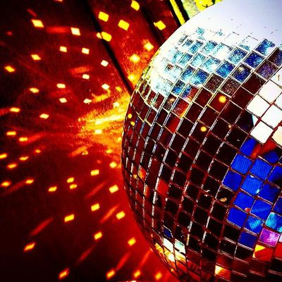 follow the call of the disco ball Little_munchkin_patch_Childcare