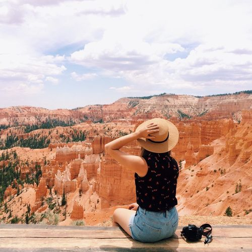 Canon vs Canyon Feel The Journey That's Me Hello World Adventure Nature Bryce Canyon Bryce Canyon National Park Landscape