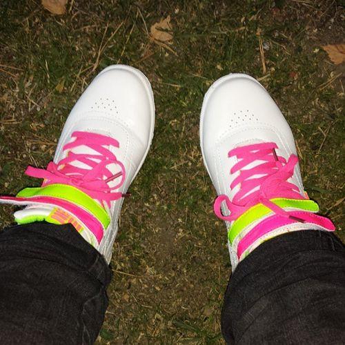 När man har små fötter kan man fynda skor på barnavdelningen ;-) Billiga Skor N öjd Shoaholic