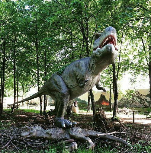 Relaxing Taking Photos EyeEm Gallery Dinosaur химки Check This Out Круть динозавр парк Taking Photos