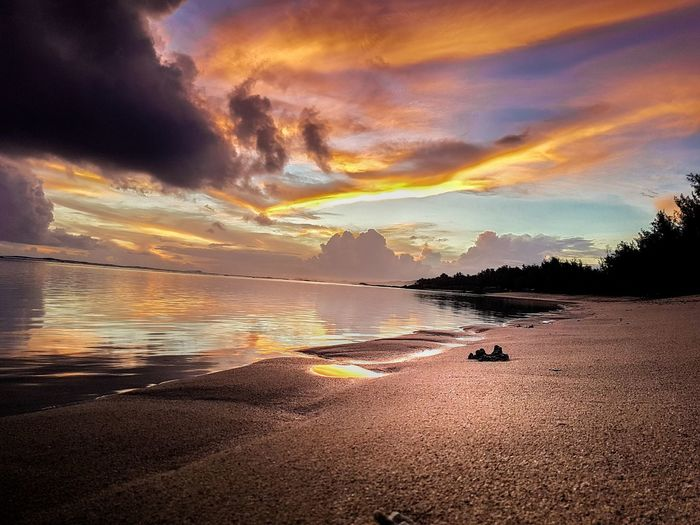 No two sunset are the same Sunset Sea Beach Reflection Scenics Dramatic Sky Beauty In Nature Horizon Over Water No People Postcard Outdoors Sand Sky Landscape Romantic Sky Mauritius EyeEmNewHere EyeEm Best Shots Long Goodbye The Great Outdoors - 2017 EyeEm Awards