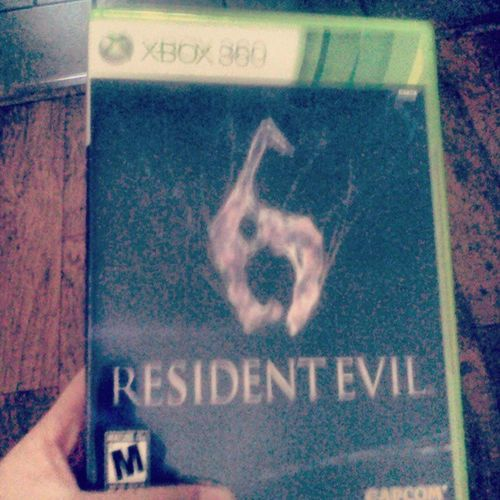I think I shall play til 4:00am again! Muahahaha! This game is the greatest!! ♡ Residentevil6 Xbox360 CAPCOM Mylove gaming