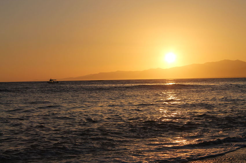 Sonnenuntergang Beach Beauty In Nature Clear Sky Gunbatimi Holiday Horizon Over Water Idyllic Nature No People Outdoors Scenics Sea Silhouette Sky Sun Sunlight Sunset Tranquil Scene Tranquility Travel Destinations Vacations Water Waterfront Wave