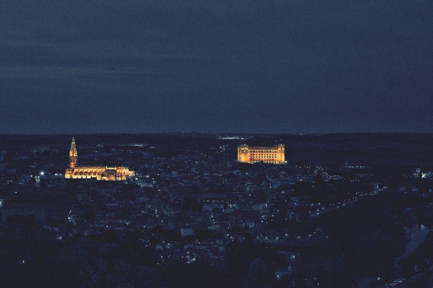 Toledo Spain Anocheciendo Luces De Ciudad Bonito City Luces Sunset