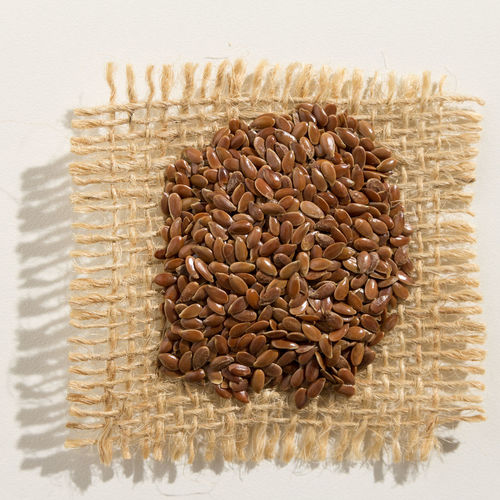 Close-up Day Directly Above Flax Seeds Food Food And Drink Freshness Healthy Eating Indoors  No People Studio Shot Sweet Food Wheat White Background Wholegrain
