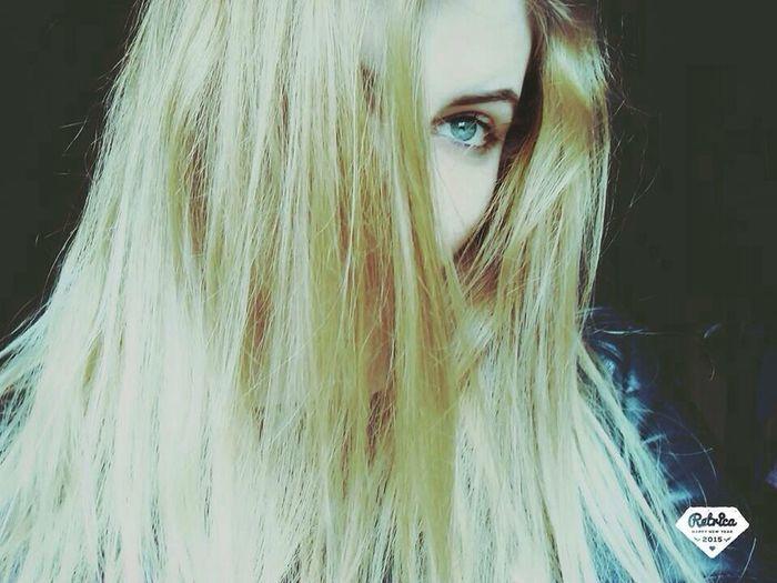 Pourquoi me donnes tu de l'espoir, pour m'abandonner. A 💘