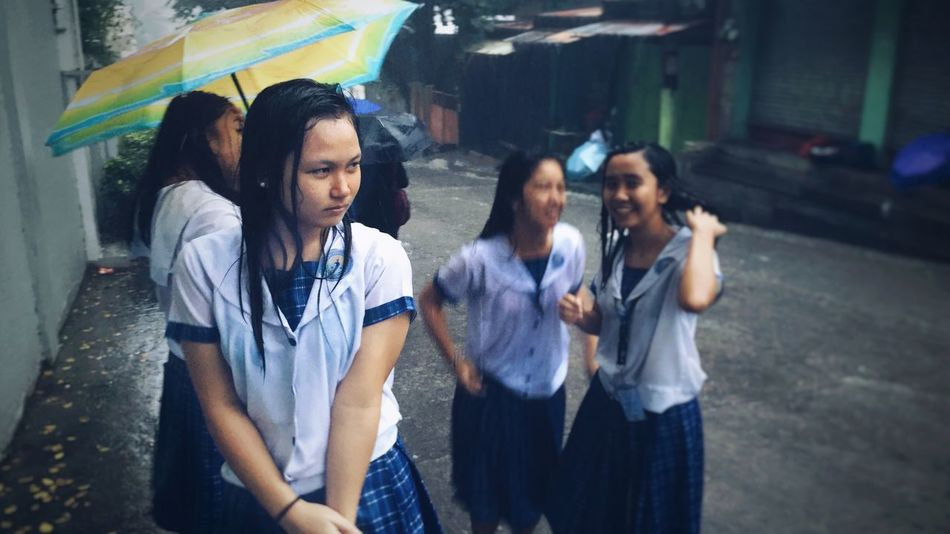 Sa hagupit ng ulan, ako'y aahon sa baha. Translation: In the midst of a torrential rain, I'll rise up from the flood that follows Random PhonePhotography School Filipino Filipinosbelike Street IPhoneography Philippines Student Rain Rainy Days Streetphotography