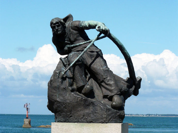 Harbour Port of Saint Nazaire ( for all seas - all oceans ) France Marine Anchor Ocean Saint-Nazaire Anchor Ancre Ancre Marine Blue Day Fish Theme Fisher Fishermen History Horizon Over Water Ocean Sea LeCroisic Statue White And Blue Background White And Blue Sky EyeEm Best Shots France