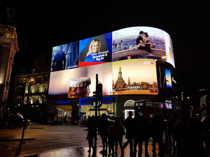 No Filtet Piccadilly At Night Piccadilly Circus Night Picture London Night Life