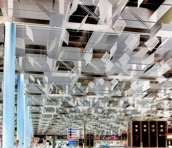 Ceiling Ceiling Design Looking At The Ceiling Interior Design Urban Design Architecture Structure Roof Structure Urban Geometry