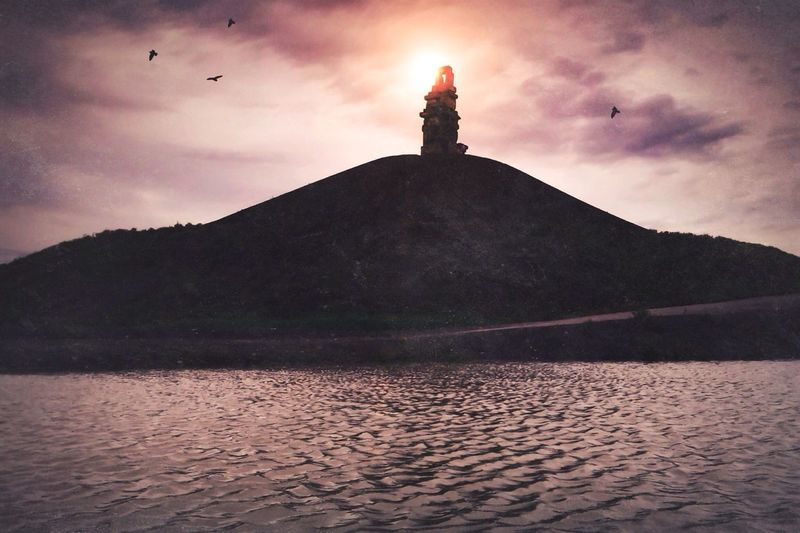Keep calm...Cause it's Friday! Light Up Your Life Mission Mystery Landscape_Collection EyeEm Best Edits