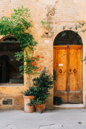 Tuscany facade.
