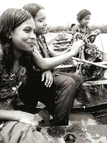 Happiness Travel Friendship Smiling Togetherness Cheerful Traditional Clothing Outdoors Young Women Sitting Vacations Day Boating Bangladesh 🇧🇩 Village Life Young And Beautiful Younggirls Black And White Childhood Encouragement Mobilephotography Freshness Beauty In Nature Enjoy The New Normal EyeEm Diversity Break The Mold TCPM Art Is Everywhere Cut And Paste EyeEmNewHere The Portraitist - 2017 EyeEm Awards The Photojournalist - 2017 EyeEm Awards Connected By Travel Second Acts Focus On The Story