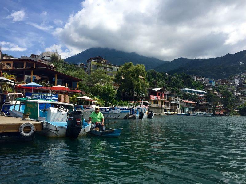 Attitlan San Pedro Lago De Atitlan Lac De Attitlan Attitlan Lake Guatemala Lac Lake Lago Boats Bateau Bateaux