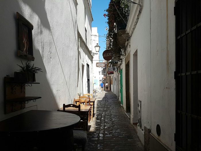 Architecture The Way Forward Narrow Day Clear Sky Cobble Stone City Life Narrowstreet Tarifa Tarifa Spain Old Town Historic Andalusia Sunny Footpath Walkway Narrow Street Sunlight Empty No People