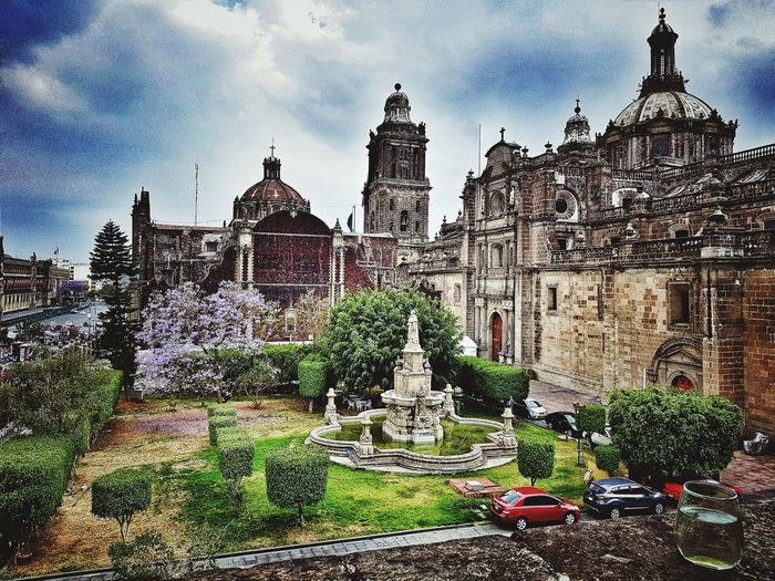Terraza de México #mexicocity City Statue Sky Architecture Building Exterior Built Structure Cloud - Sky Historic Church History