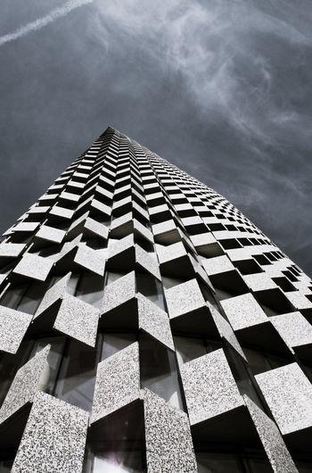 The 25 floor
