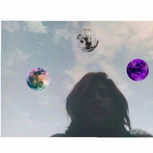 Al diablo parís yo te quiero yevar ala luna. 🌑🌌🌀❤