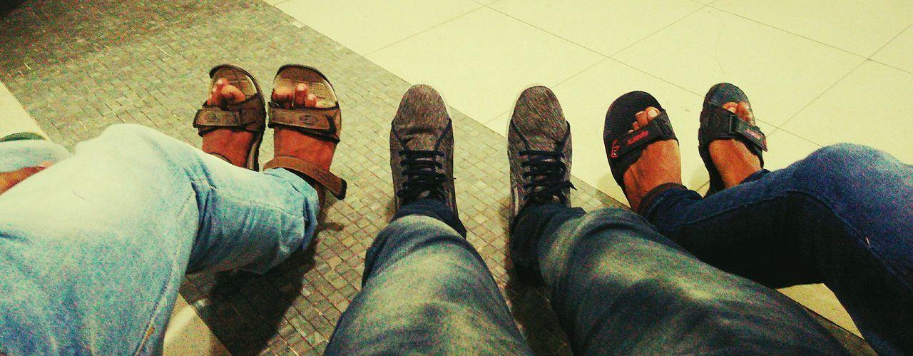 Urban Lifestyle See Through The Camera Feetselfie Relaxing Hi! Hello World India EyeEm Best Shots