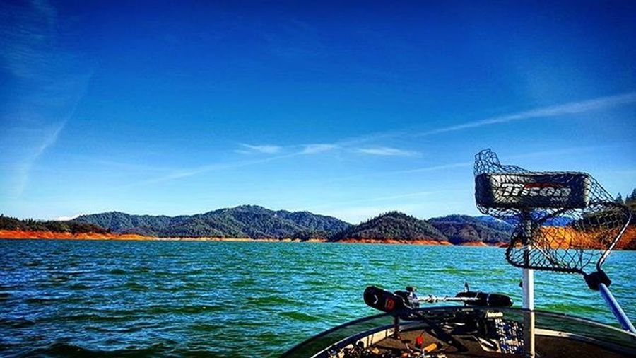 After weathering the storm in prefishing the skies opened up to reveal the beauty of Lake Shasta. Didn't get the fish we needed but it was still a great time! Nixonsmarine Lews Pflueger Tritonboats Basskickinbaits EWU  Flwfishing