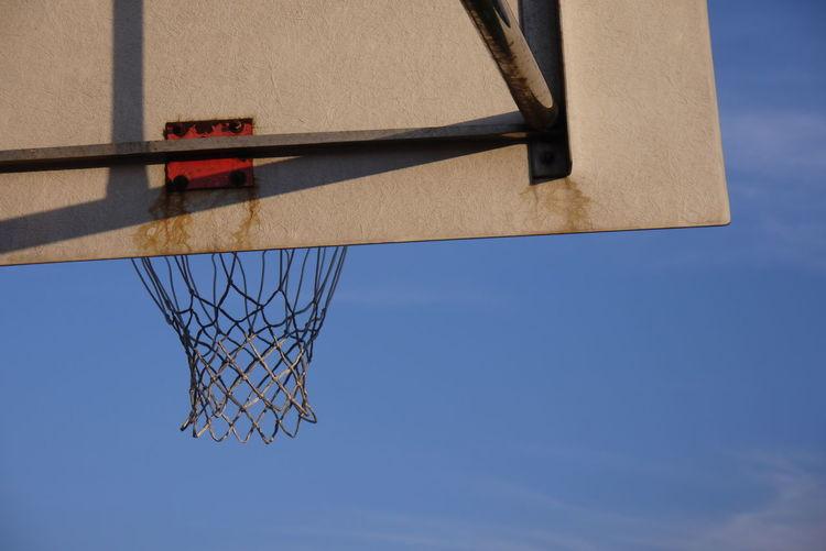 籃球框 Sunlight Baket Basketball - Sport Basketball Hoop Basketball Net  Blue Clear Sky Day Low Angle View Net No People Outdoors Sky Sport Summer Sports #urbanana: The Urban Playground