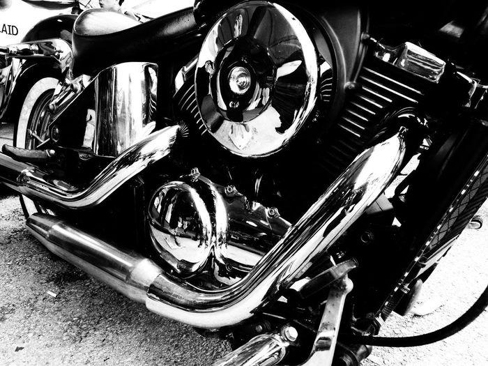 Black And White Friday Bikeporn Bike Bike Engine Bike Envy Black And White Bike Muscle Crafted Beauty