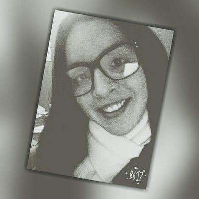 Hi! Me Smile :)