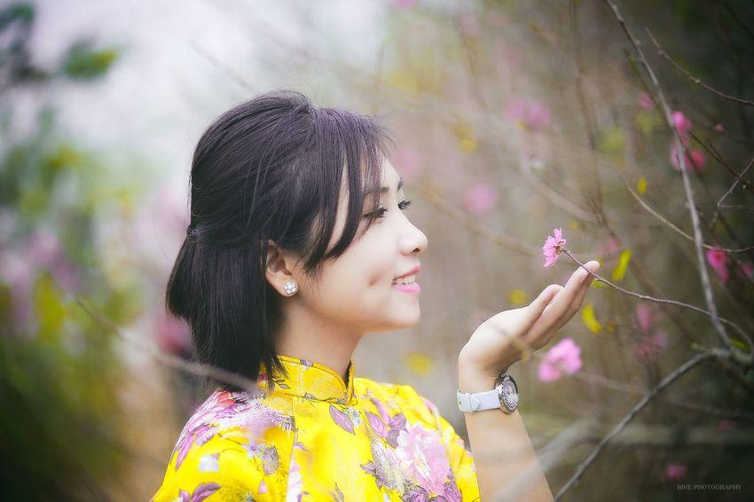 Aodai Yellow Portrait Spring 80200 Girls Flowers Beauty Canon 6D