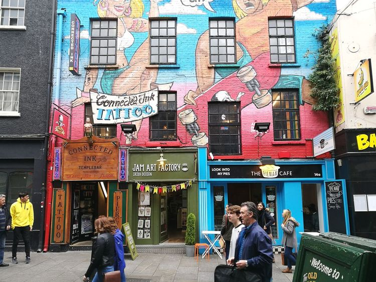 A building with a feeling for art City Building Exterior Architecture Outdoors City Life Store People Day Multi Colored Color Dublin Street Photography Ireland Travel Destinations Travel Streetphotography Built Structure Art Art Is Everywhere Loveit The Street Photographer - 2017 EyeEm Awards