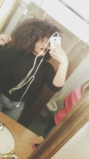 That's Me Baddie Curly Hair School Selfie