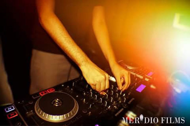 Dj Music Turntable Club Dj Nightlife Arts Culture And Entertainment Dj Nightclub Noise Dance Music Radio DJ Performance Skill  Clubbing Playing Audio Equipment Party - Social Event Stereo Record Dancing Presenter