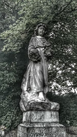 Graveyardstatue Angel God Statue