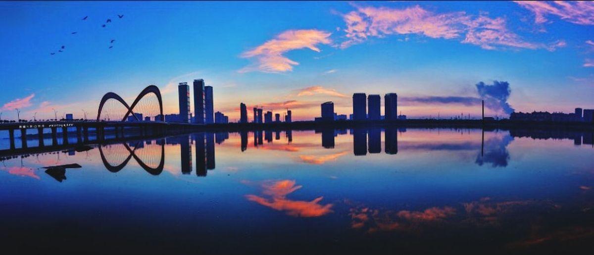 半湖霞 Sky