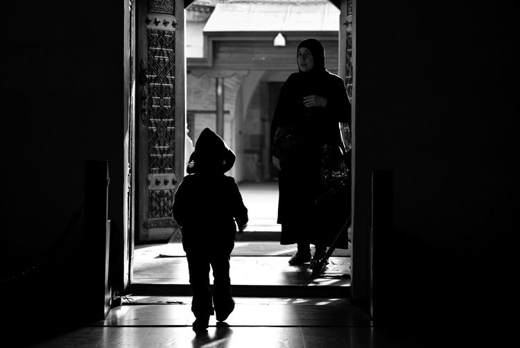Streetphotography Monochrome Children Streetphoto_bw Light And Shadow RePicture Motherhood Bw_collection Black & White Blackandwhite Women Who Inspire You Capture Tomorrow