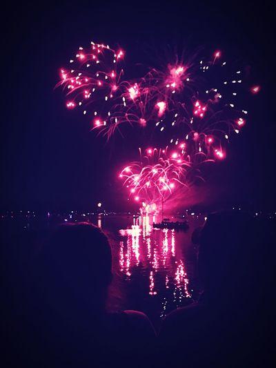 Sky Night Exploding Celebration Firework Water
