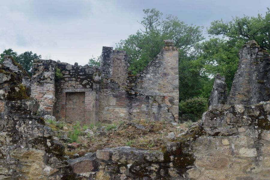 Photooftheday Picoftheday Newtalent Exploring Outdoors The Week Of Eyeem Stone Material Old Ruin History No People Day Destruction Architecture Sky Village Oradour Sur Glane France WWII Photography Streetphotography Old Town