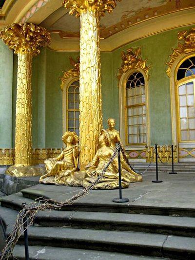 TBT  Potsdam Potsdam Park Sanssouci Statue Architectural Column Human Representation Gold Colored Architecture EyeEmNewHere The Architect - 2017 EyeEm Awards