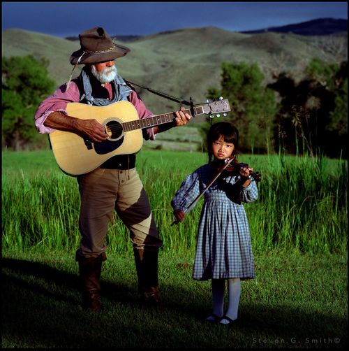 Saratoga Duo Portraits Enjoying Life Folk Wyoming Music Musicians Violin Lifestyle Editorial  Outdoors
