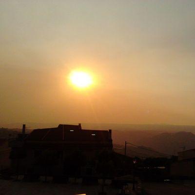 Así se nos va el día entre Zamora, Salamanca y Portugal... Con el sol velado por el humo de los incendios Fermoselle