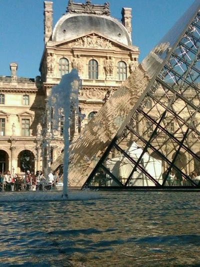 Paris TheLouvre Museum Architecture Taking Photos Travel EyeEm Best Shots Photography Water_collection Water Reflections