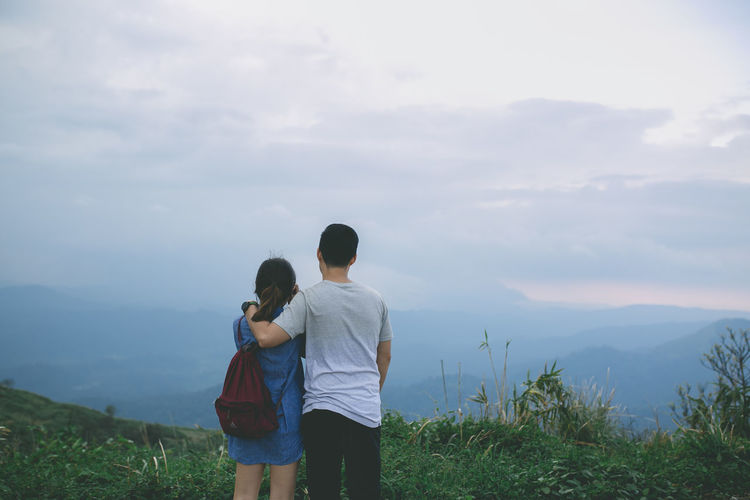 Lifestyles Mountain Real People Beauty In Nature Happiness Couple - Relationship Sweet Time Thailand Two People Sky Love