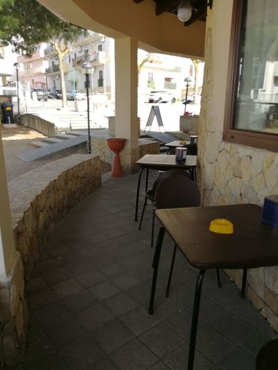 Chair Cafe Window Architecture Restaurant Sidewalk Cafe Business Lunch Pizzeria Bar - Drink Establishment Bar Counter Outdoor Cafe