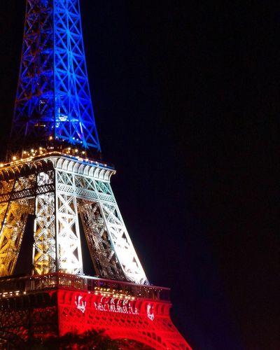 Eiffel Tower Tour Eiffel Pray For Paris Fluctuat Nec Mergitur Olympus Olympus OM-D EM-1 Paris ❤ France Omd-em1
